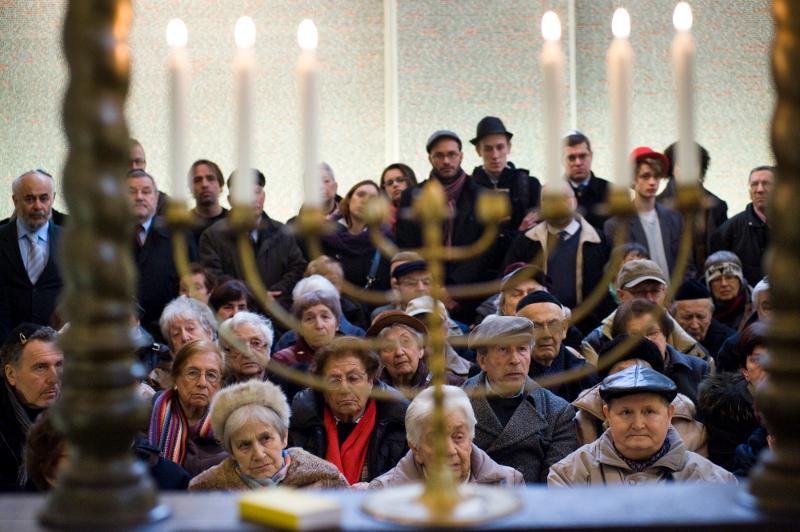 Konference terezínský rodinný tábor v Osvětimi a tradice připomínání